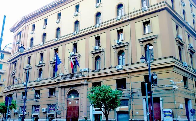 Lettera aperta ai candidati per la Presidenza della Regione Campania: ripartire dal diritto a studiare