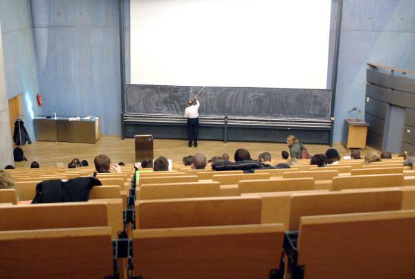 Università - nterno di un aula universitaria - Rossano