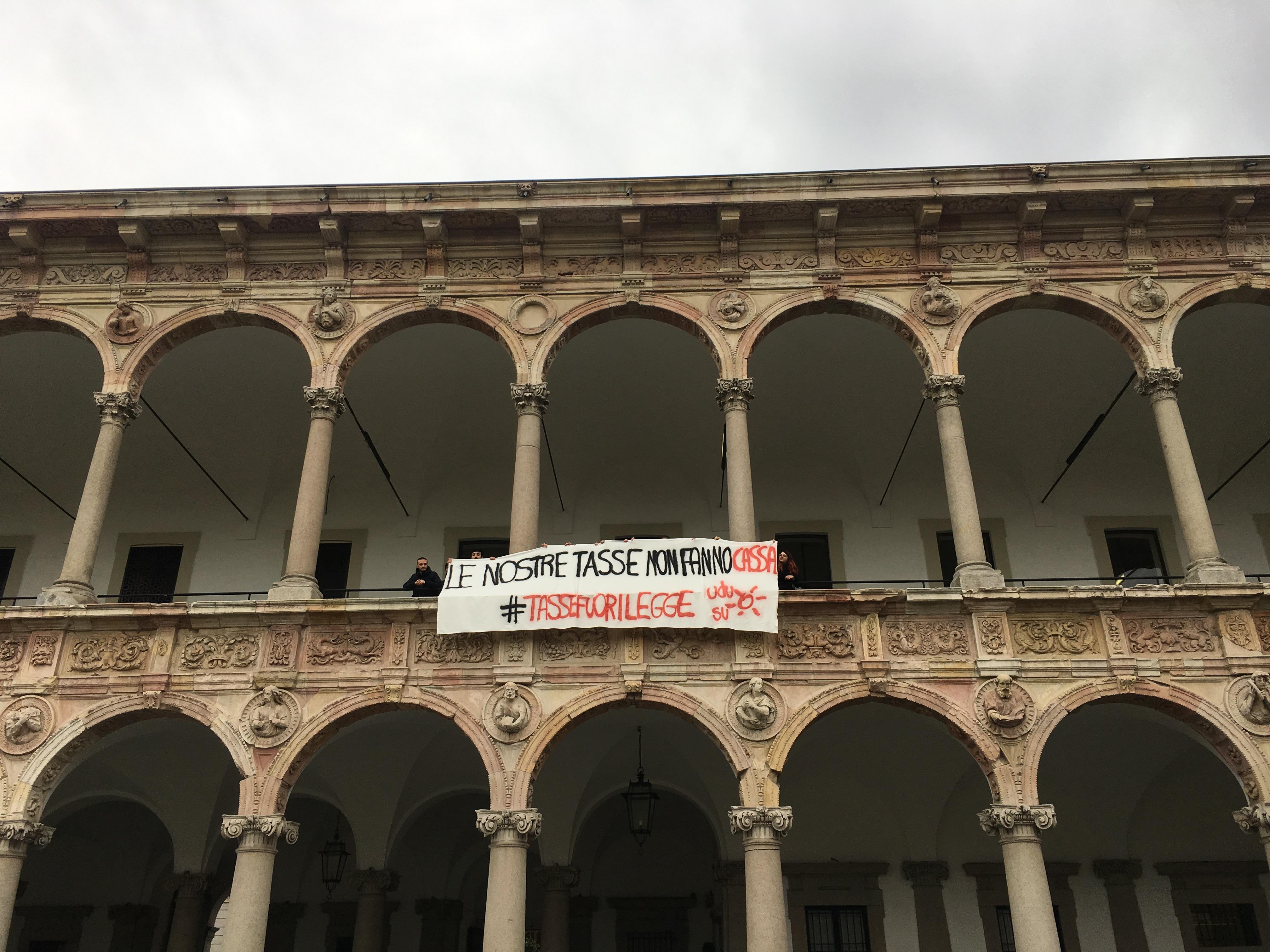 Tasse fuorilegge! Facciamo ricorso contro la Statale di Milano.